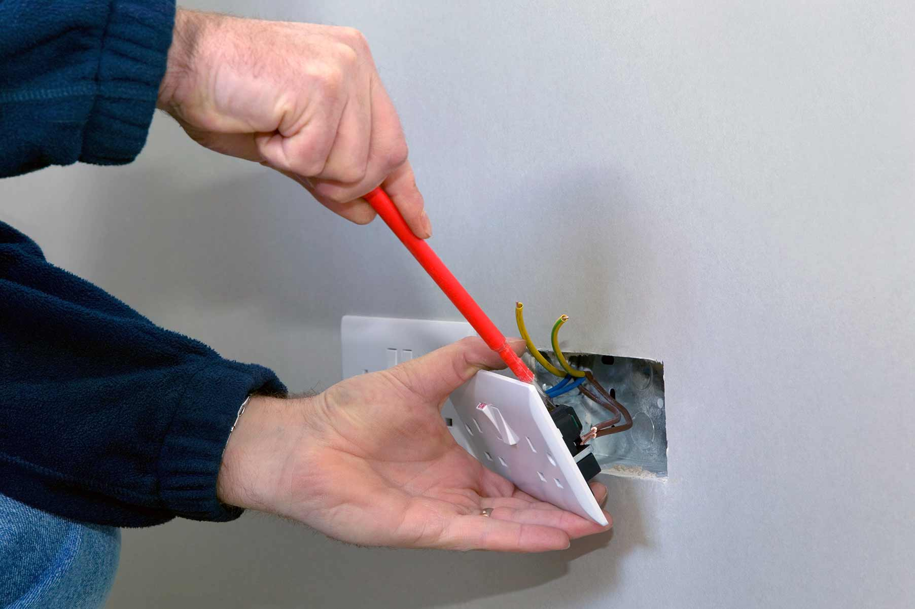 Our electricians can install plug sockets for domestic and commercial proeprties in Lancaster and the local area.
